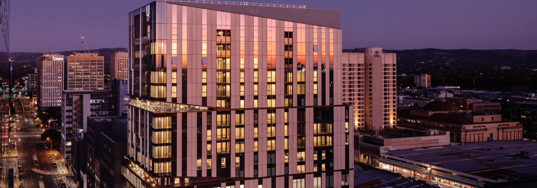 u city building at night time